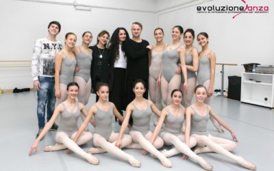 Lezione di Danza Classica con il M° Alessandro Bigonzetti