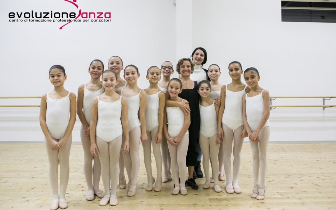 CHRISTMAS WORKSHOP DANZA CLASSICA  15/12/18